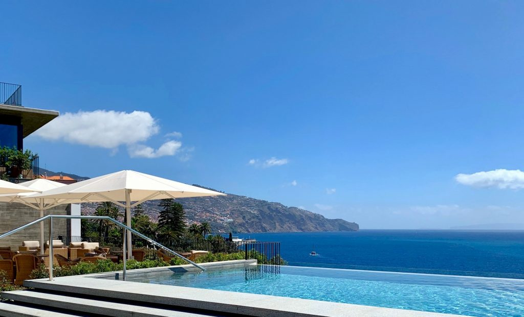 Les Suites at The Cliff Bay Madeira's New Luxury Dream Hotel les suites at the cliff bay Les Suites at The Cliff Bay: Madeira's New Luxury Dream Hotel Les Suites at The Cliff Bay Madeiras New Luxury Dream Hotel 8 1024x621