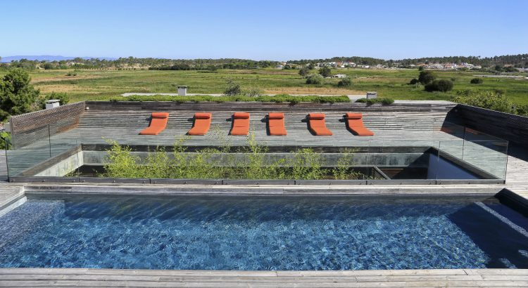 casa do pego Casa Do Pego Is The Luxury Villa You Need To Know Pool2 750x410