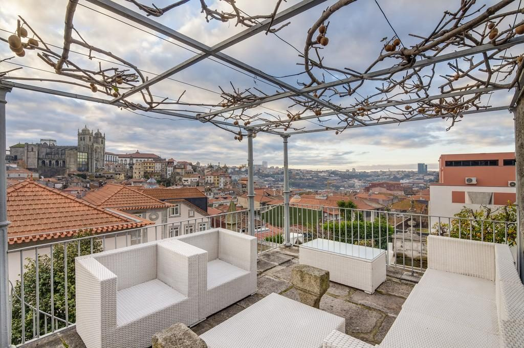 Secrets Itinerary: Discover The Best Romantic Hotels In Porto  porto Secrets Itinerary: Discover The Best Romantic Hotels In Porto Secrets Tips The Port Wine Cellars You Must Know 14 1024x681