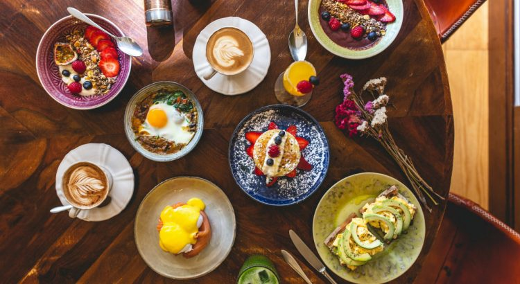 brunch The 12 Best Brunches in Porto & Surroundings featured1 750x410