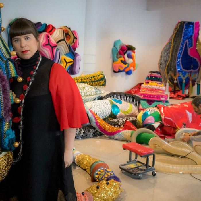 joana vasconcelos Joana Vasconcelos And Roche Bobois: Arte de Viver In Art Basel Miami 2019 joana Vasconcelos 1 700x700