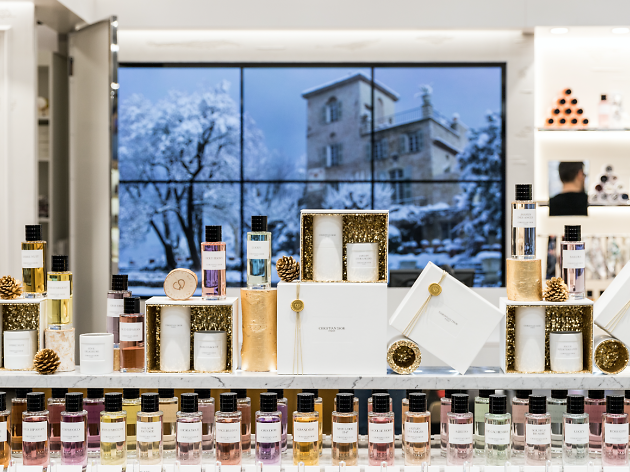 Dior Declares his Love for Perfume with the First Boutique in Lisbon dior Dior Declares his Love for Perfume with the First Boutique in Lisbon Dior Declares his Love for Perfume with the First Boutique in Lisbon 1