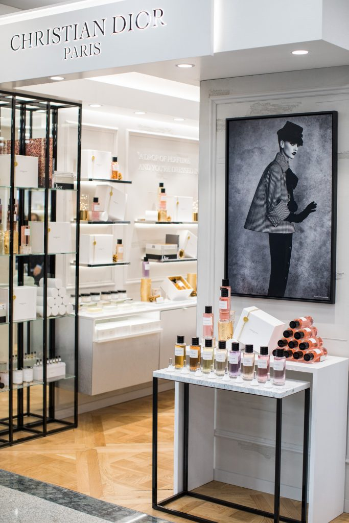 Dior Declares his Love for Perfume with the First Boutique in Lisbon dior Dior Declares his Love for Perfume with the First Boutique in Lisbon Dior Declares his Love for Perfume with the First Boutique in Lisbon 6 683x1024