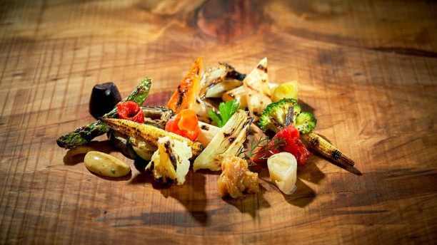 Funchal Asian and Mediterranean Flavours Close to the Sea funchal Funchal: Asian and Mediterranean Flavours Close to the Sea Funchal Asian and Mediterranean Flavours Close to the Sea 6