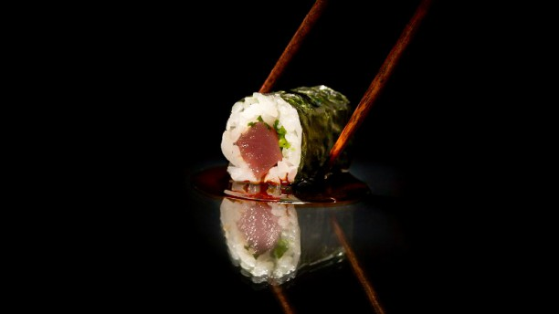 Funchal Asian and Mediterranean Flavours Close to the Sea funchal Funchal: Asian and Mediterranean Flavours Close to the Sea Funchal Asian and Mediterranean Flavours Close to the Sea 7
