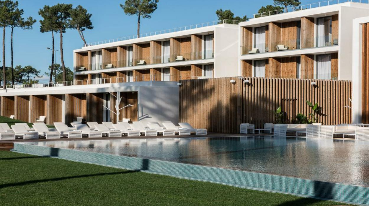 hotel Paradise Near Lisbon: This New Luxury Hotel Combines Golf And Nature 234689635