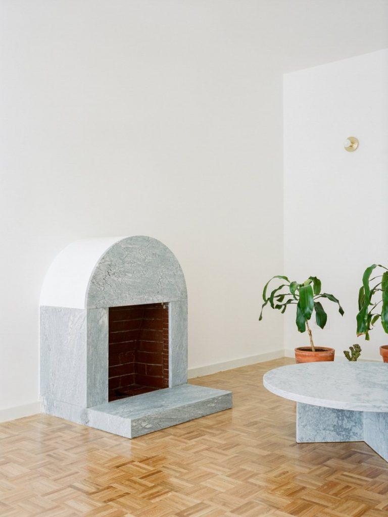 Discover This Minimal Architecture Apartment In Porto architecture Discover This Minimal Architecture Apartment In Porto img 1 1574263403 4d2f521227b94eb54314968011d4817b 768x1024