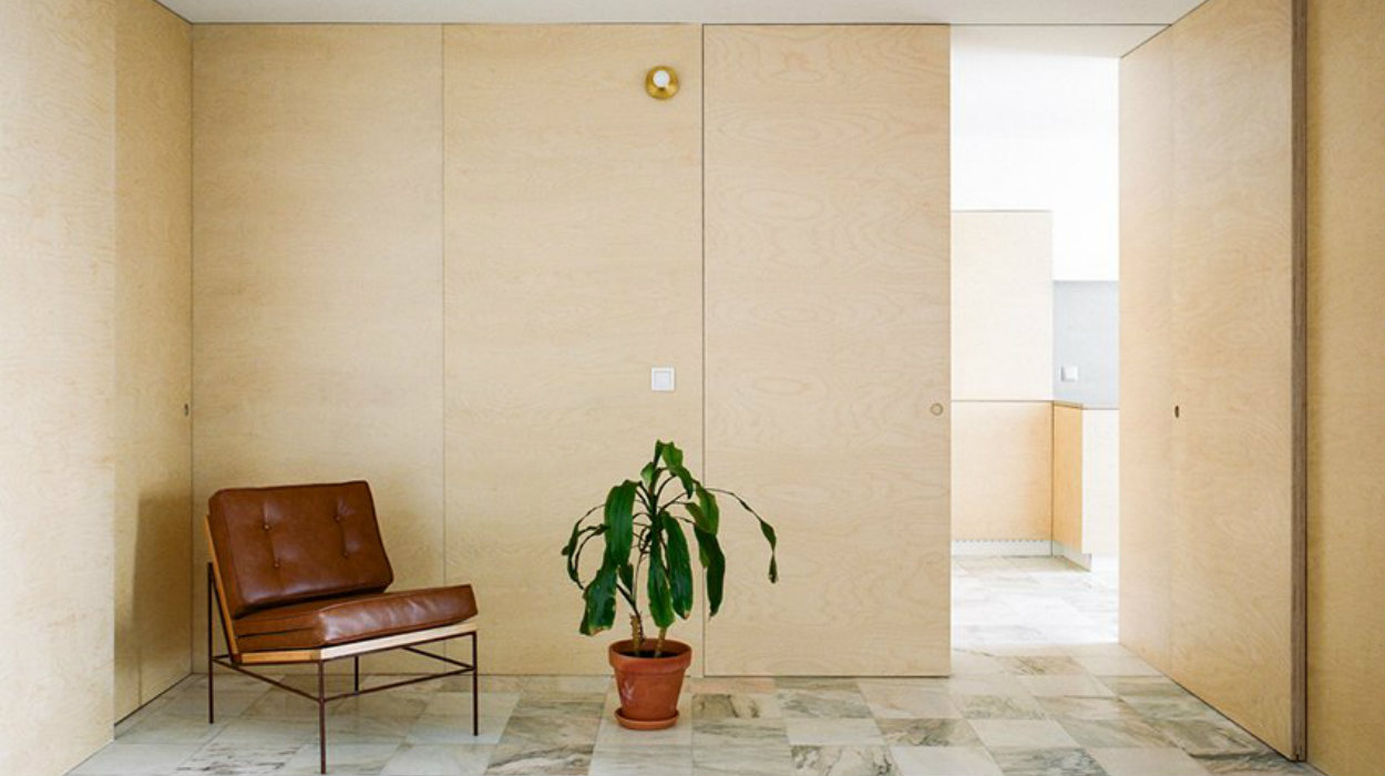 architecture Discover This Minimal Architecture Apartment In Porto img 3 1574263403 53c5d2f75851c9157b5a53e71c5f6de3 1