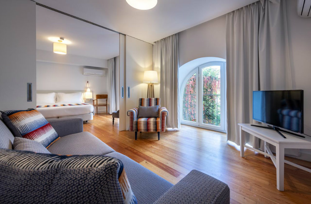 Amazing Guesthouses To Sleep In Lisbon With The Comfort Of A Hotel amazing guesthouses Amazing Guesthouses To Sleep In Lisbon With The Comfort Of A Hotel amazing guesthouses to sleep in lisbon with the comfort of a hotel 9