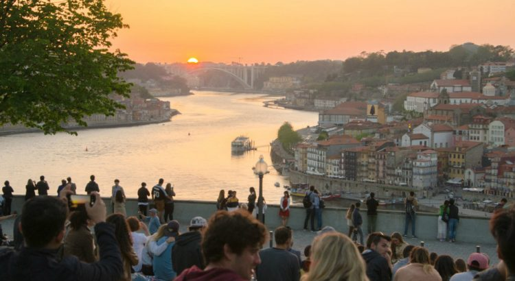 Porto: Iconic Places With Breathtaking Views porto Porto: Iconic Places With Breathtaking Views porto iconic places with breathtaking views 750x410