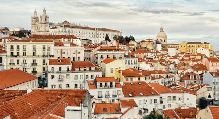 portugal Stay At Home And Discover Portugal With These 5 Amazing Books stay at home and discover portugal with these 5 amazing books 750x410