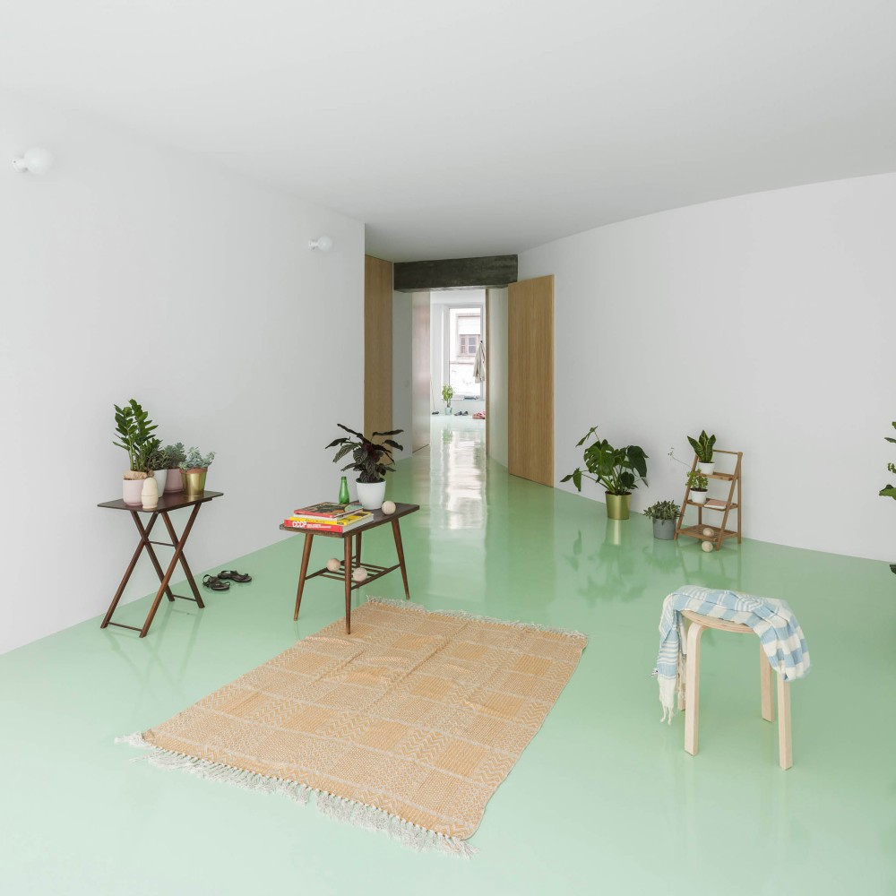 This Apartment In Porto Has A Mint Green Floor And It Looks Amazing mint green floor This Apartment In Porto Has A Mint Green Floor And It Looks Amazing this apartment in porto has a mint green floor and it looks amazing 2 1