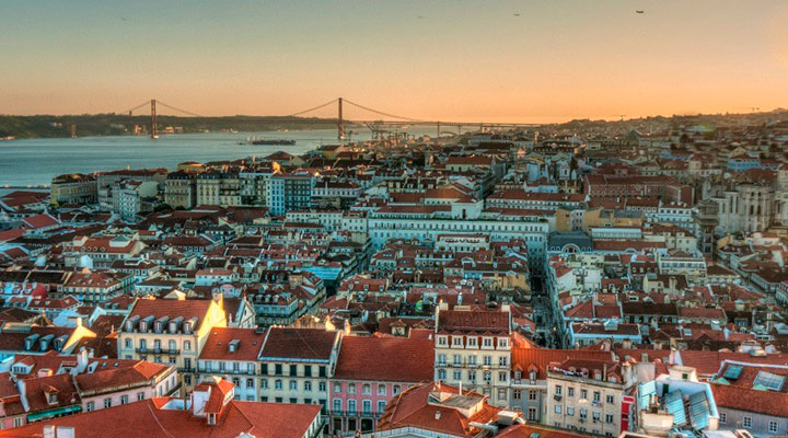 Tourism Marketing: Portugal Distinguished Abroad as the Destination Brand of The Decade portugal Tourism Marketing: Portugal Distinguished Abroad as the Destination Brand of The Decade viver em portugal interna