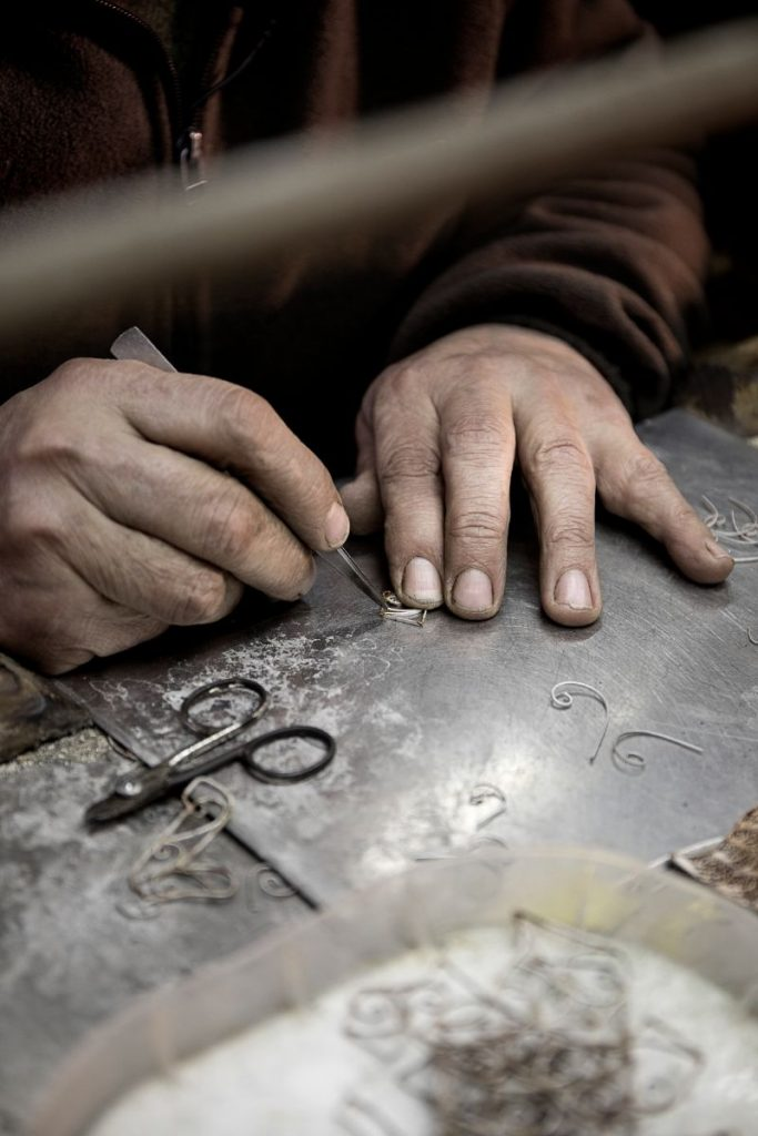 The Wonders Of Craftsmanship – Details Of Filigree filigree The Wonders Of Craftsmanship – Details Of Filigree The Wonders Of Craftsmanship Details Of Filigree 17 683x1024