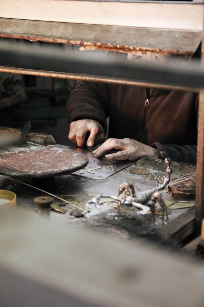 The Wonders Of Craftsmanship – Details Of Filigree filigree The Wonders Of Craftsmanship – Details Of Filigree The Wonders Of Craftsmanship Details Of Filigree 2 683x1024