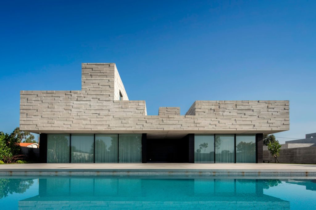 This House In Portugal Has A Monolithic Roof monolithic roof This House In Portugal Has A Monolithic Roof this house in portugal has a monolithic roof 5 1 1024x682
