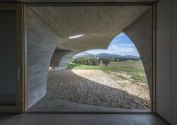 monsaraz Most CovetED Architecture Projects: House in Monsaraz, A Wonder in Midst Alequeva JG CASA EM MONSARAZ AMA DSC9626 1 250x177