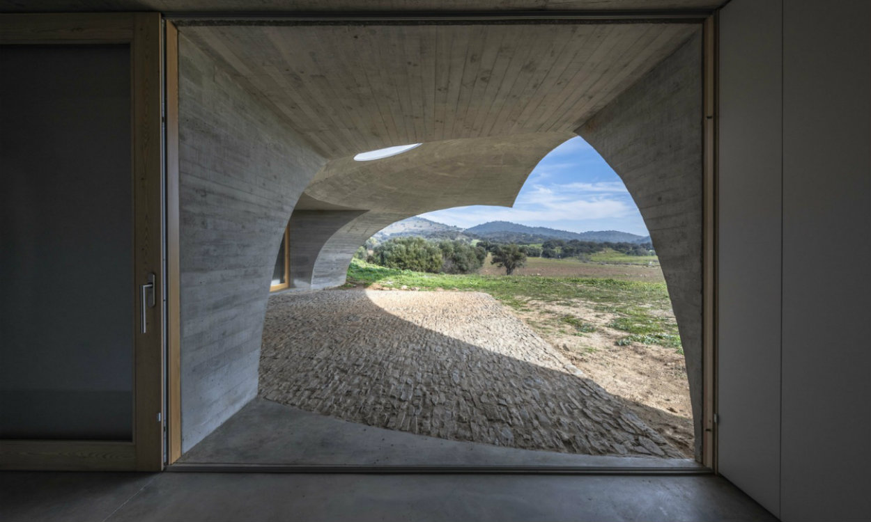monsaraz Most CovetED Architecture Projects: House in Monsaraz, A Wonder in Midst Alequeva JG CASA EM MONSARAZ AMA DSC9626 1