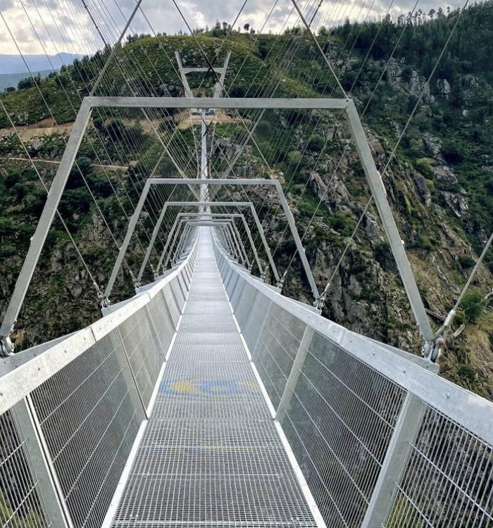 arouca Arouca: Who wants to cross the longest suspension bridge in the world? dsdsdsdsd 700x750