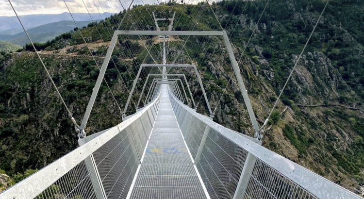 arouca Arouca: Who wants to cross the longest suspension bridge in the world? dsdsdsdsd 750x410